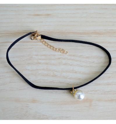 Choker pendentif perle