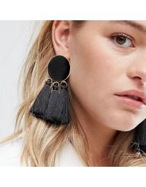Boucles d'oreilles avec 3 pompons, noir
