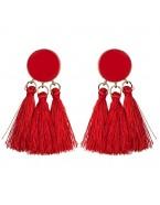 Boucles d'oreilles avec 3 pompons, rouge